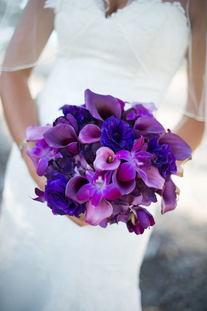6 Bride w: Bouquet
